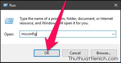 Nhấn tổ hợp phím Windows + R để mở Run sau đó nhập lệnh msconfig rồi nhấn nút Enter
