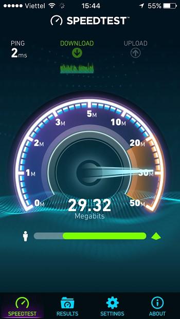 Speedtest sẽ lần lượt kiểm tra tốc độ download và upload