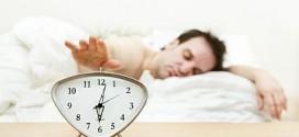 Những triệu chứng báo bệnh nghiêm trọng khi ngủ dậy buổi sáng