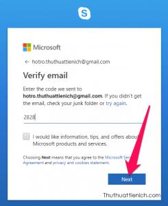 Nhập mã xác nhận vào phần Verify email rồi nhấn nút Next