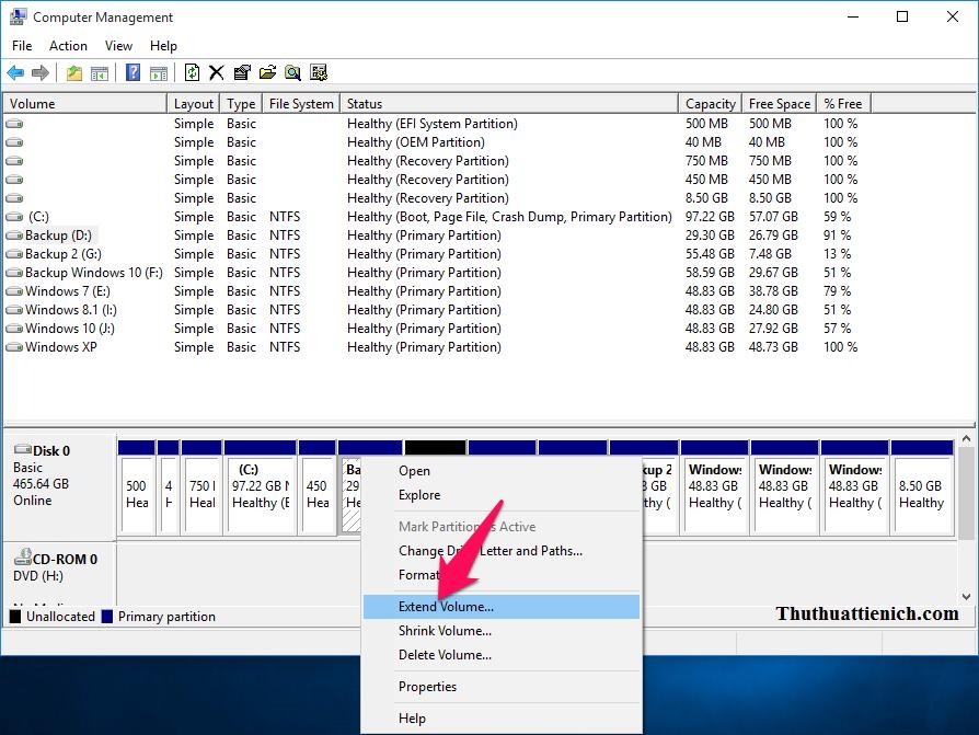 Nhấn chuột phải vào ổ đĩa muốn gộp thêm dung lượng trống vừa tách ở trên chọn Extend Volume...