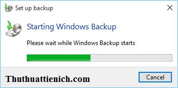 Chờ chút để Windows Backup khởi chạy