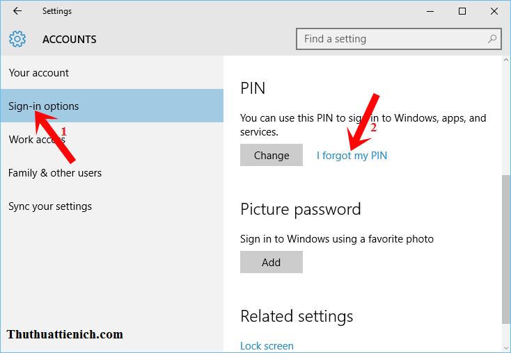 Chọn Sign-in options trong menu bên trái sau đó nhìn sang cửa sổ bên phải nhấn vào dòng I forgot my PIN trong phần PIN