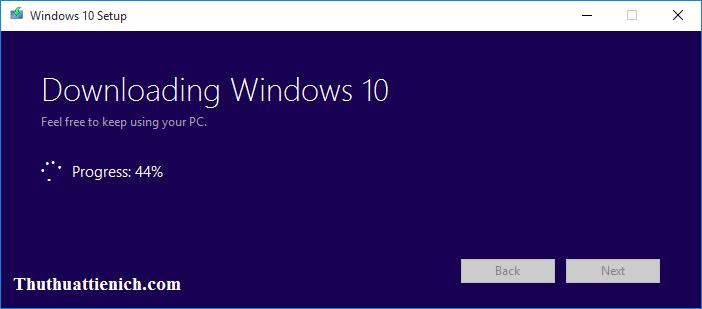 Media Creation Tool bắt đầu tải về phiên bản Windows 10 mới nhất