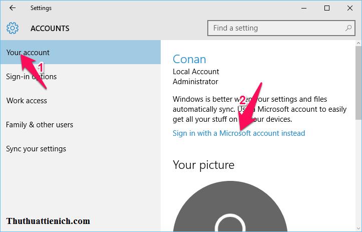 Chọn Your account trong menu bên trái sau đó nhìn sang cửa sổ bên phải rồi nhấn vào dòng Sign in with a Microsoft account instead