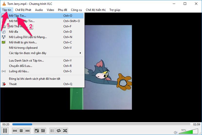 Chọn Tập tin -> Mở tập tin... (hoặc tổ hợp phím Ctrl + O) để mở video bị ngược