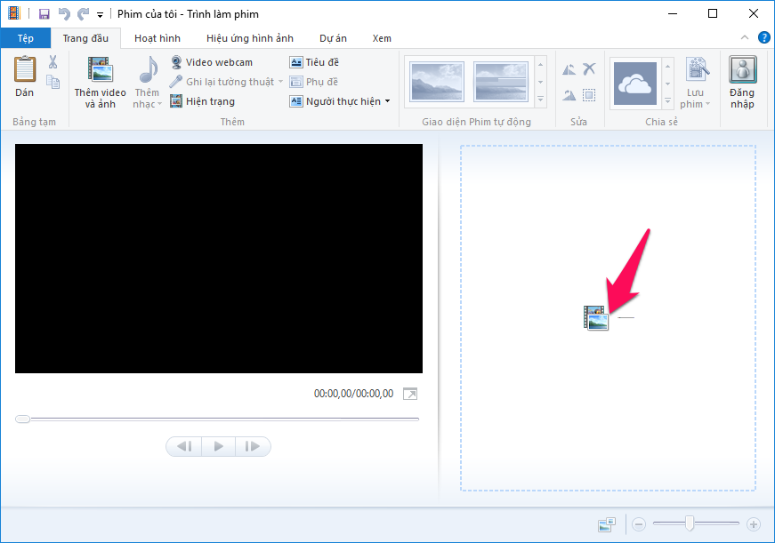 Kéo thả video vào phần mềm Windows Movie Maker