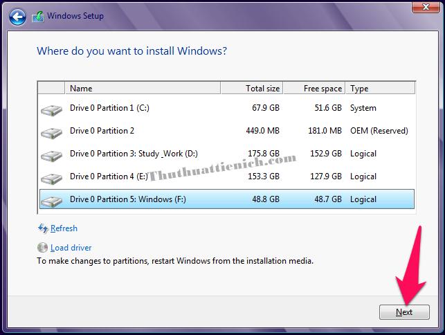 Chọn ổ đĩa muốn cài đặt Windows 8/8.1 rồi nhấn nút Next