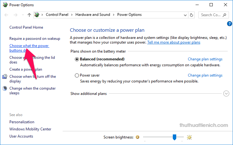 Chọn Choose what the power buttons do trong menu bên trái
