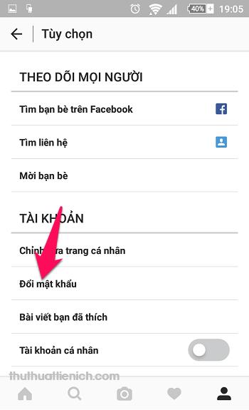 Nhấn vào dòng Đổi mật khẩu trong phần Tài khoản
