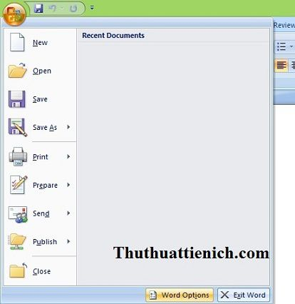 Chọn Menu(File) -> Word Options