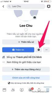 Nhấn nút bánh răng bên dưới ảnh đại diện facebook của bạn