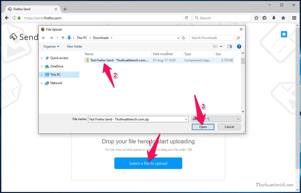 Nhấn nút Select a file to upload, sau đó chọn tập tin bạn muốn gửi rồi nhấn nút Open