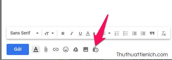 Trong khung soạn thảo email mới, bạn nhấn nút hình khóa + đồng hồ