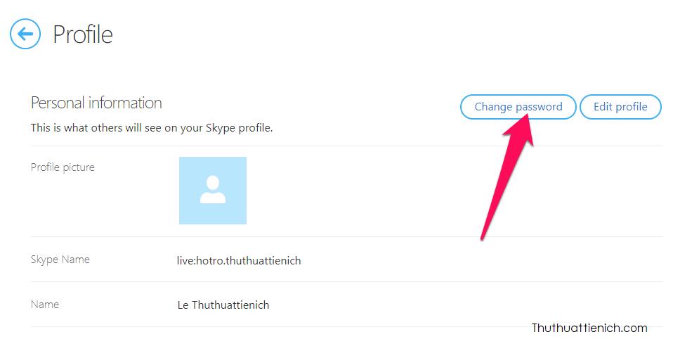 Sau khi đăng nhập, nhấn nút Change password